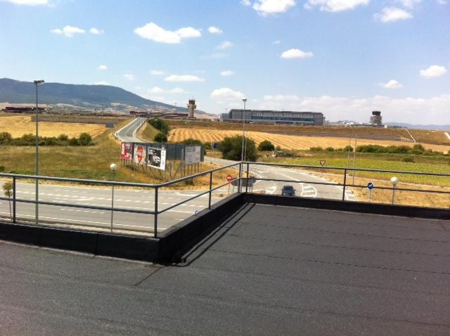 vistas desde la terraza al aeropuerto